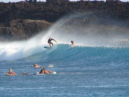 Dumps! Che onde ragazzi... fantastica surf session al tramonto con onde a una volta e mezzo overhead.
