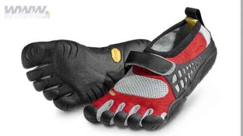Vibram FiveFingers barefooting