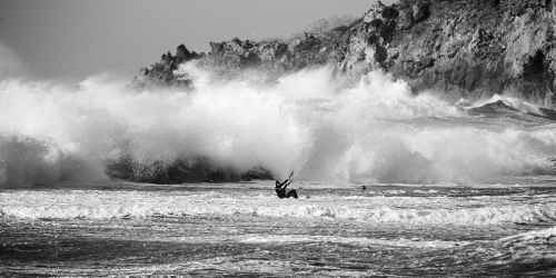 Ischia lo spettacolo del kitesurf