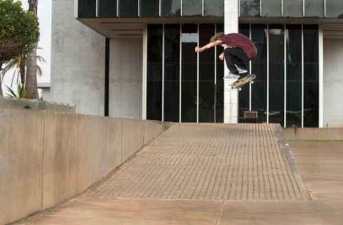 Carlos Iqui Sw Bs Heel Photo Mike Blabac