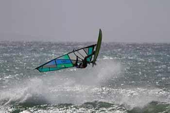 Con l'apertura, dal 1 aprile, del waiting period per Wave e Freestyle 2017, entra nel vivo la stagione dei campionati nazionali di Windsurf AICW