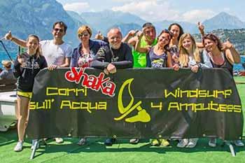 Torna Corri sull\'acqua - Windsurf 4 Amputees a Torbole