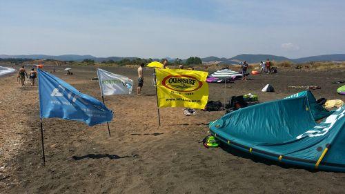 Campo di Mare: ragazzi tedeschi in difficoltà salvati dagli istruttori di kitesurf