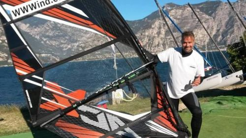 Incidente con il kitesurf, immediati ma inutili i soccorsi