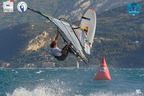 Andrea Ferin e Marta Maggetti i nuovi campioni nazionali windsurf Slalom