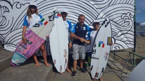 Singita al fianco della FISW Surfing