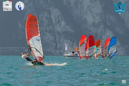 Windsurf Grand Slam: day 2