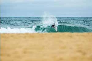IL SURFER MARC LACOMARE È PRONTO A METTERSI IN GIOCO