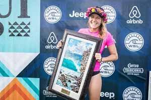 Stephanie Gilmore vince il Maui Women\'s Pro