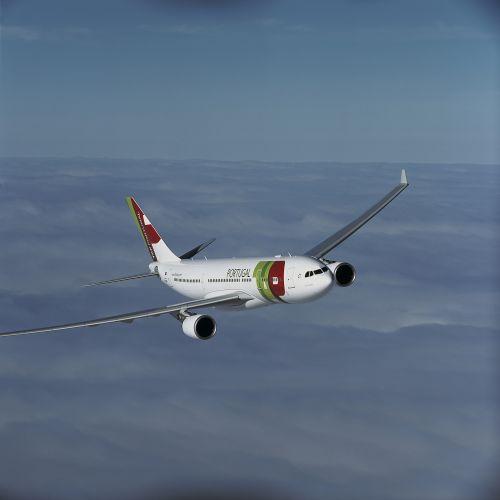 Sulla cresta dell'onda con TAP Air Portugal. Al via la promo per gli amanti del surf!