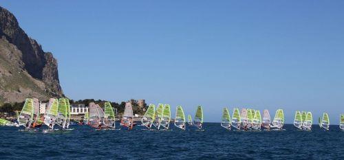Europei Techno 293 Plus-buon avvio per la squadra del Circolo Surf Torbole