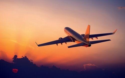 Le regole per prenotare un volo e risparmiare