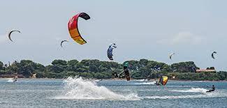 Ecco perché l'autunno è la stagione migliore per imparare il kitesurf