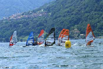 Cs AICW- CAMBIO CIRCOLO DELLA 3^ tappa Campionato Italiano Giovanile Slalom Windsurf 2019 a Reggio Calabria