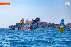 I NUOVI CAMPIONI 2020 DEL CAMPIONATO ITALIANO GIOVANILE WINDSURF SLALOM FOIL E PINNA