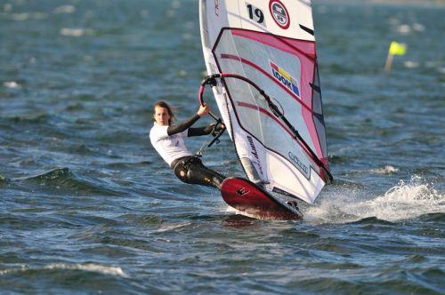 Lise Vidal, addio alla campionessa di windsurf